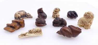 Kleine Sammlung von 10 Netsuke