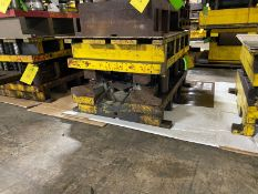 Use Part Out Whisker KFA, 4 Post, 24 x 40