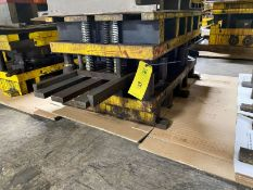 Use Part Out Whisker KFA, 4 Post, 23 x 40