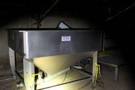 FPEC Hopper 3, Model# VFH 86, Serial# 9152, Located in: Springdale, AR