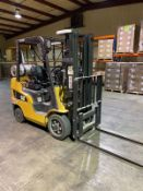 Cat Fork Lift, Model # 2C5000, S/N #AT9033292, Truck Weight = 8860 lbs