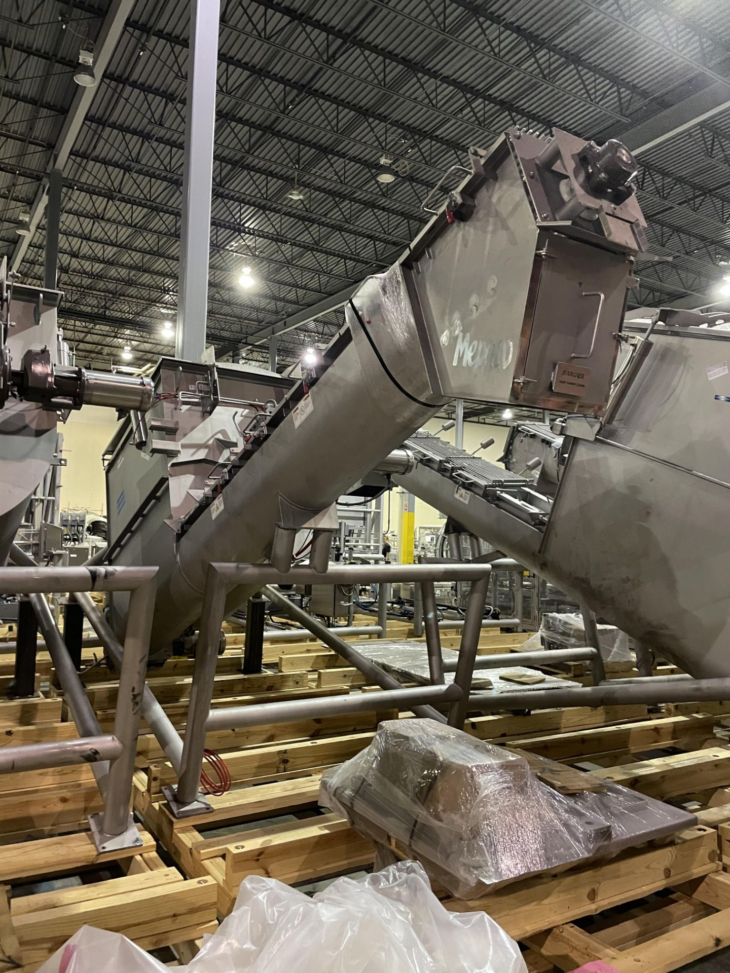 Mepaco Surge Unloader/Dumper Model T4000 S/N M12458-2, 5943-1 Loading/Rigging Fee $750
