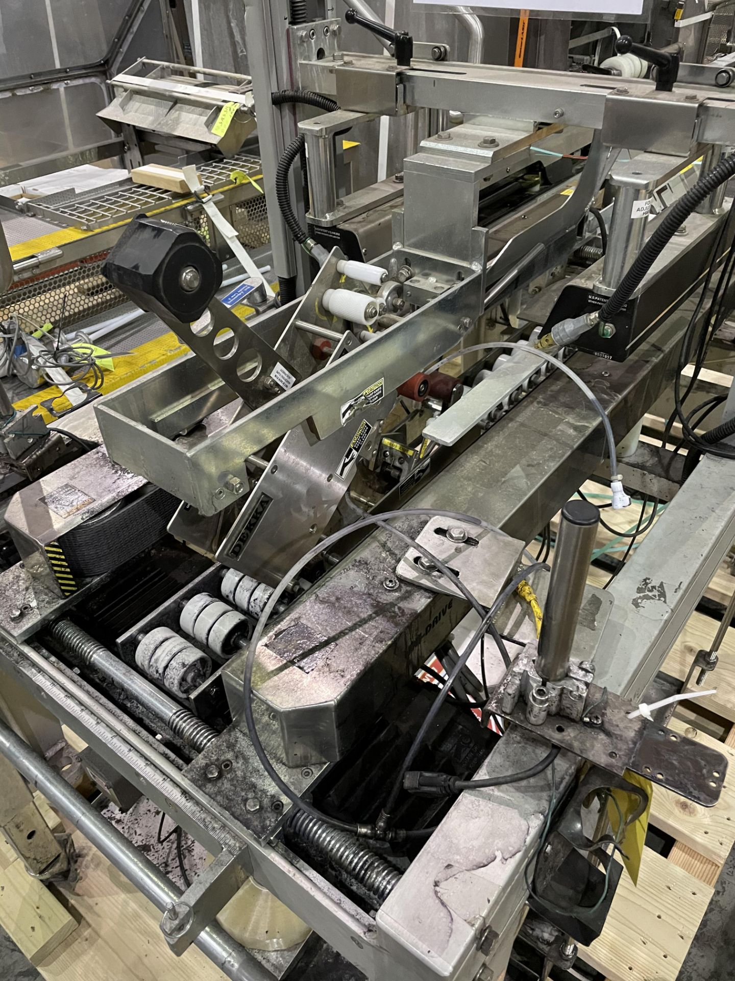 Belcor 252 Taper with Snap Folder Closer Top And Bottom Tape Heads and Marsh Patrion Printer Loading - Image 2 of 8