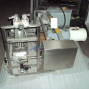 Oakes traveling depositor, Model: 01P58, Rigging and Loading Fee: $100 Crates and Pallets extra