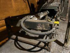 Hydraulic Cylinder/ Ram, Rigging Fee: $10,000