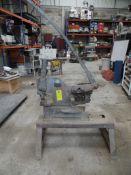 Un metalero mecánico, marca aceros maratón, cortes de :ángulo de 2 1/2¨, redondo 3/4¨, cuadrado de