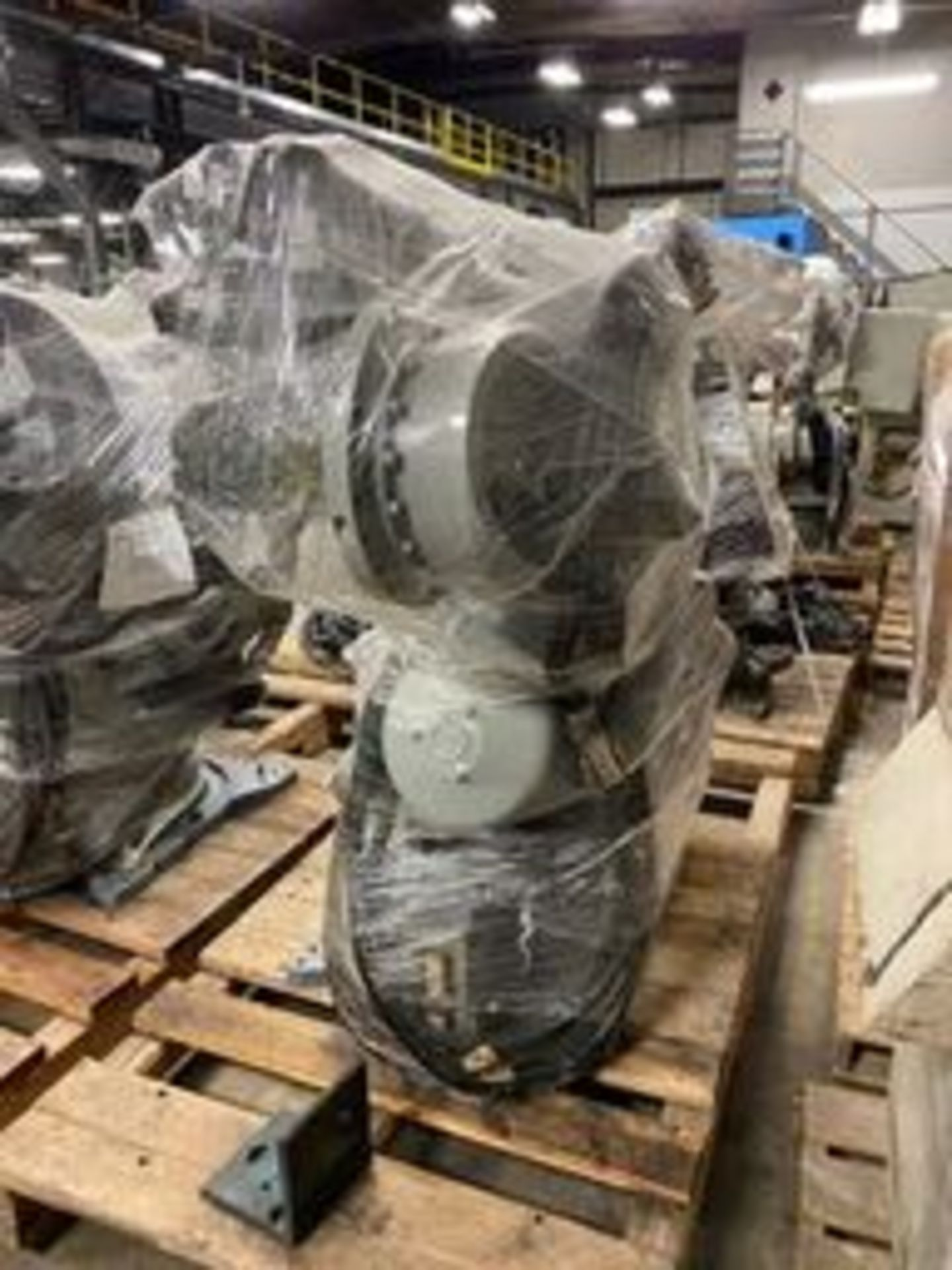 Motoman 6-Axis Robot, Model #ERCR-UP165-R816, DOM = 2002 - Image 2 of 5