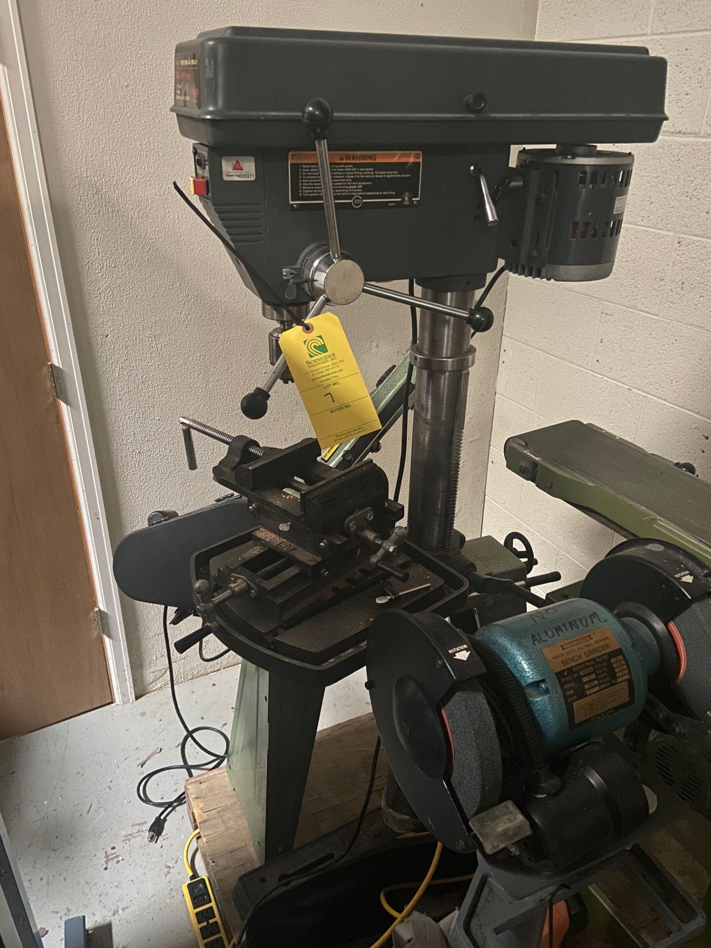 "Sears/Craftsman 17"" Drill Press, 5/8"" Chuck, 200-3630 RPM, Model# 113.213171, Serial# 961870038, - Image 2 of 6"