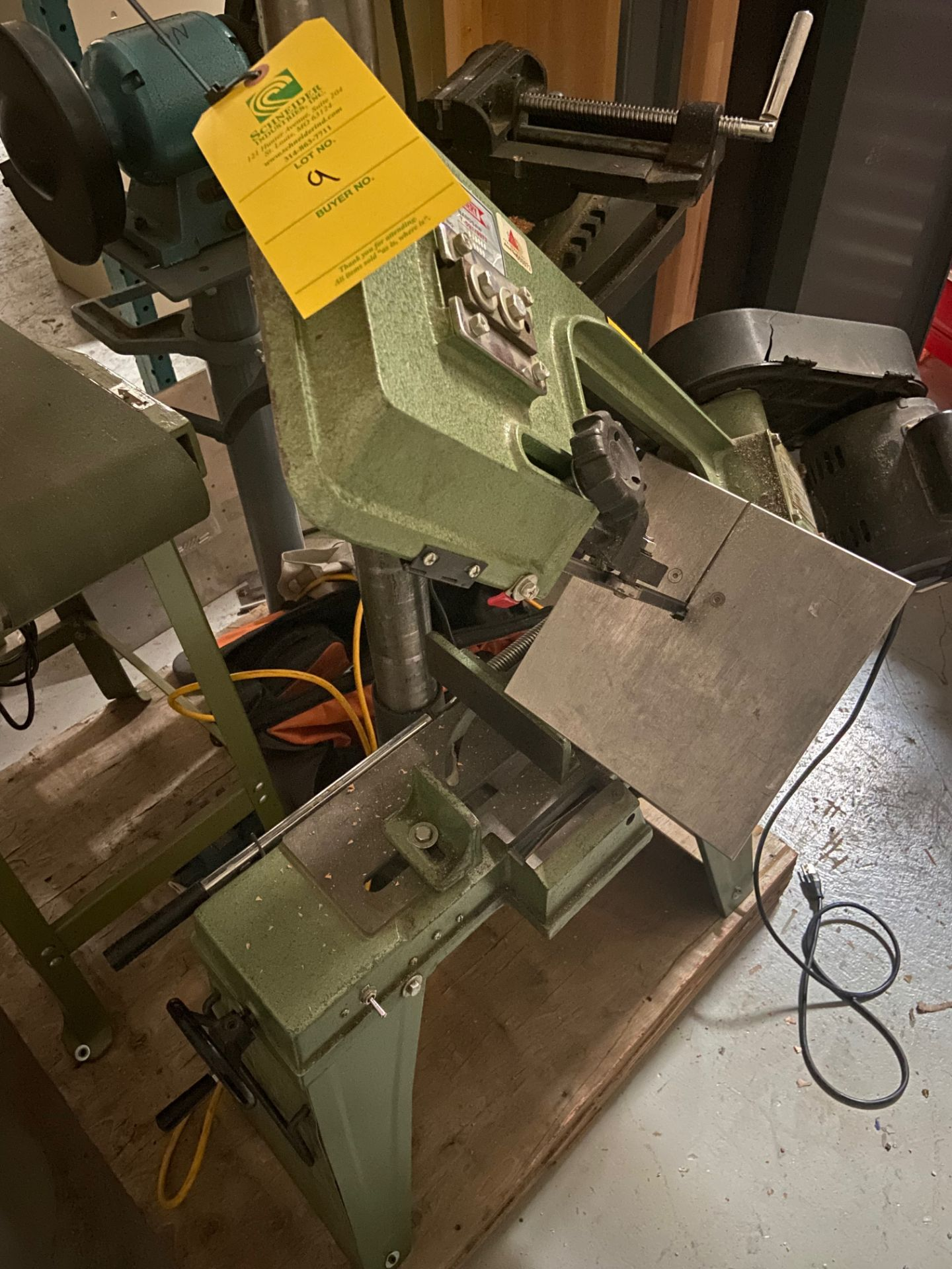 Central Machinery Heavy Duty Bandsaw, Model# T-591/9972, Serial# 660880, Loading/Removal Fee: $25 - Image 3 of 5