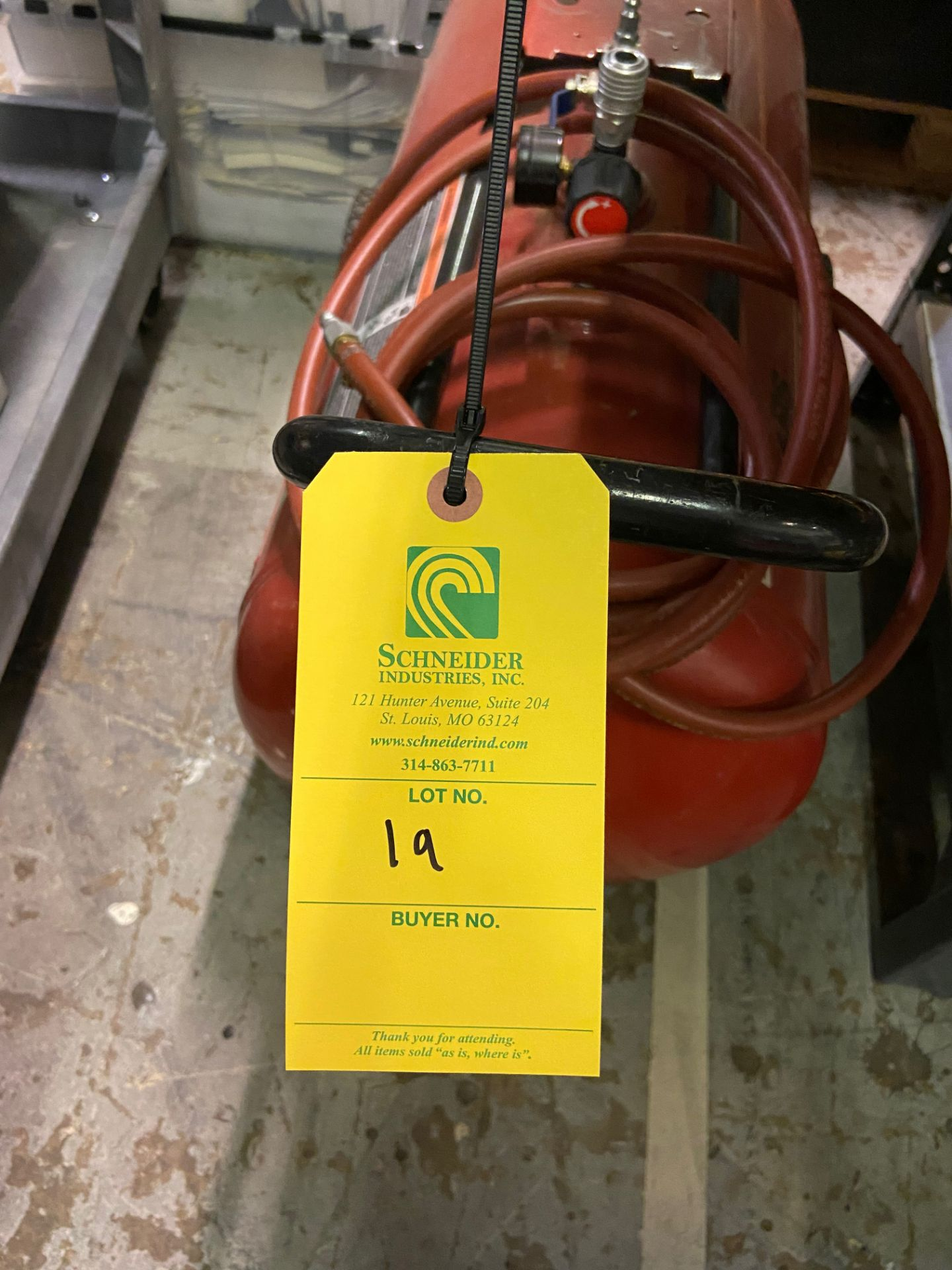 Sears/Craftsman Compressed Air Tank, Model# 919-16633, Serial# 9602261368, Loading/Removal Fee: $20 - Image 4 of 4