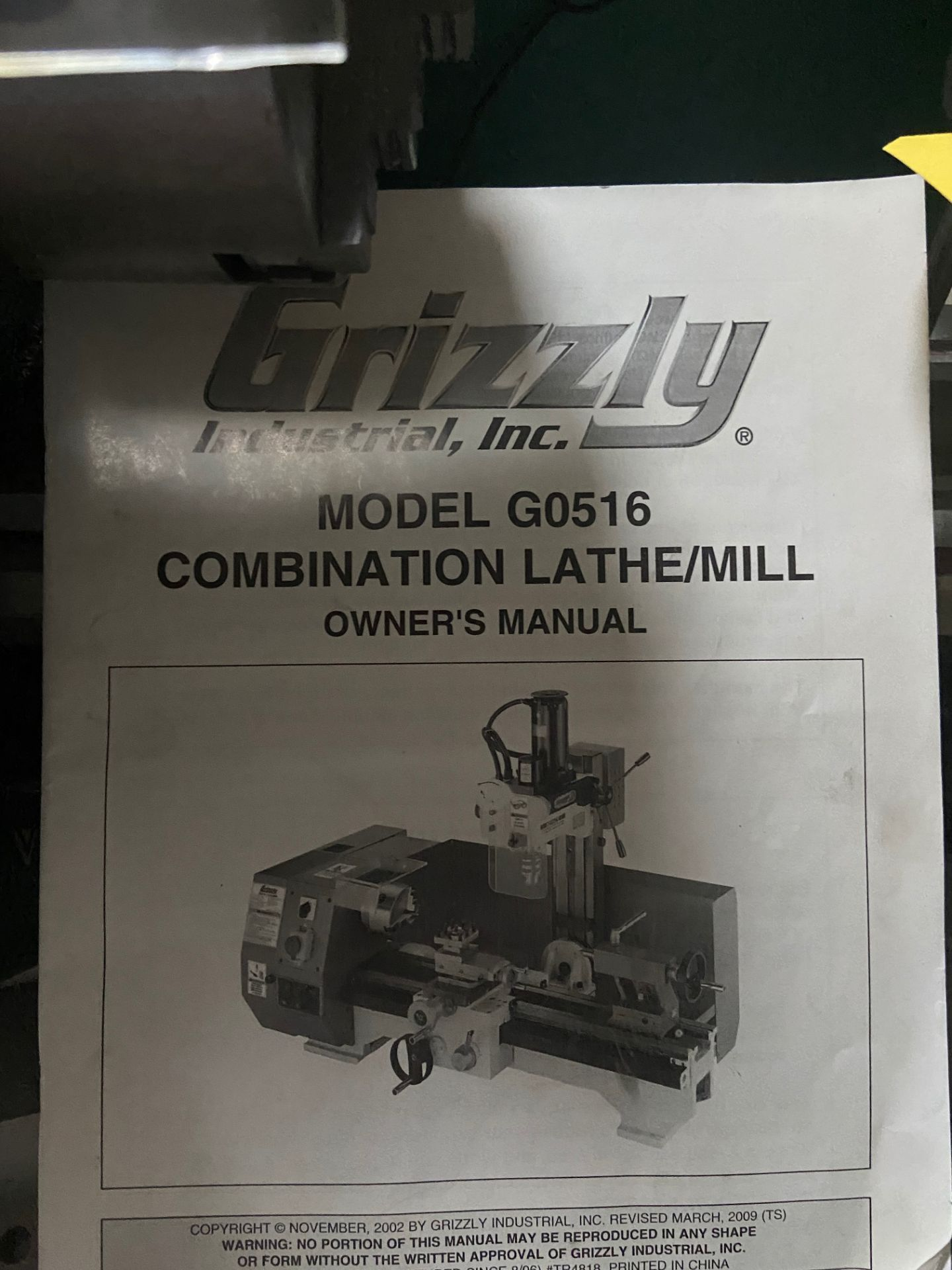 Grizzly Industrial Lathe/Mill, Model# G0516, Serial# MO120045, Lathe Motor 3/4 hp, 110V, 150-2400 - Image 8 of 12