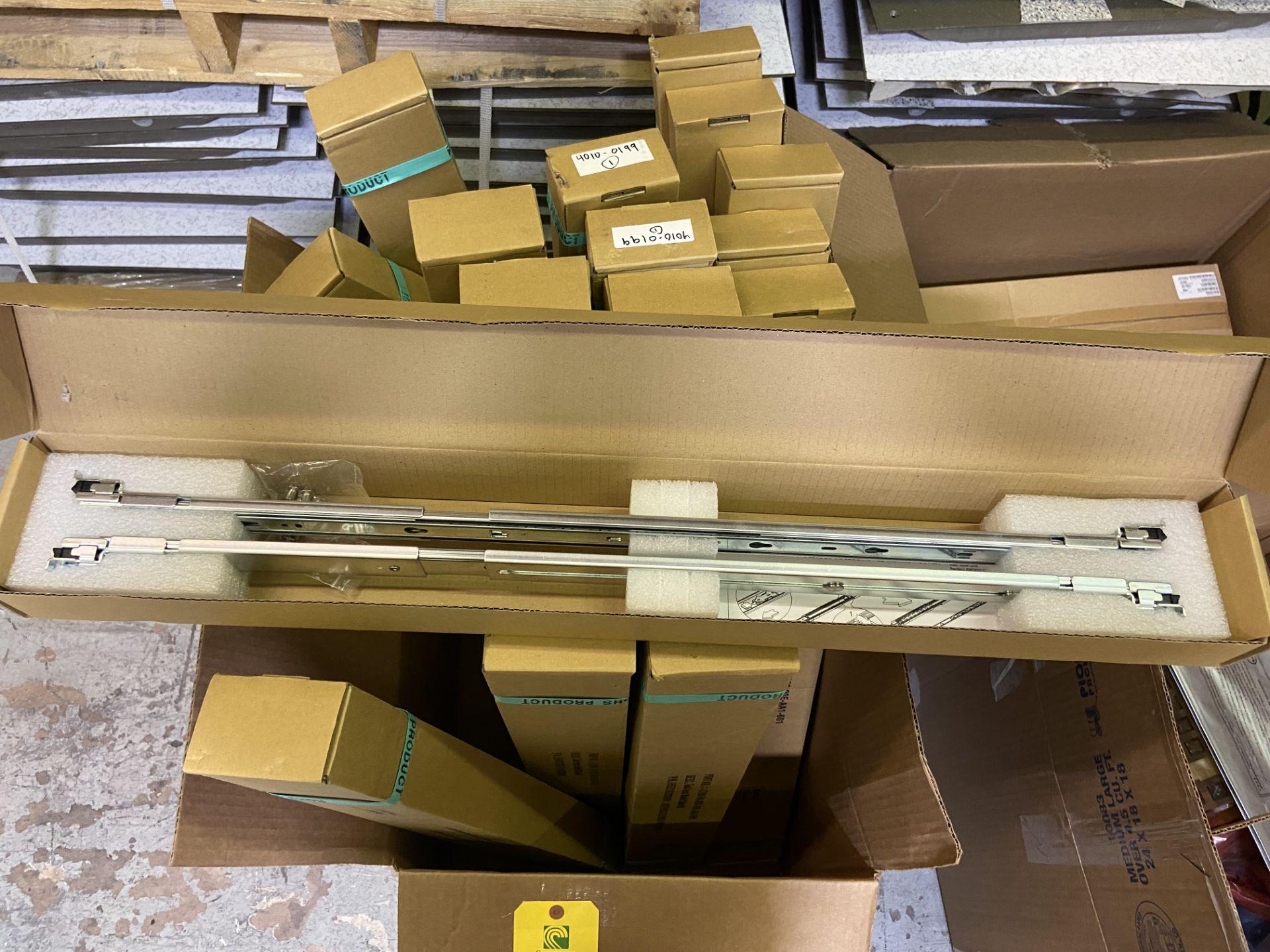 Tool-Less Blade Slide Kit, Qty 23, Part# 1-3700-94-026-00E-AA1-601, Rigging Fee: $25