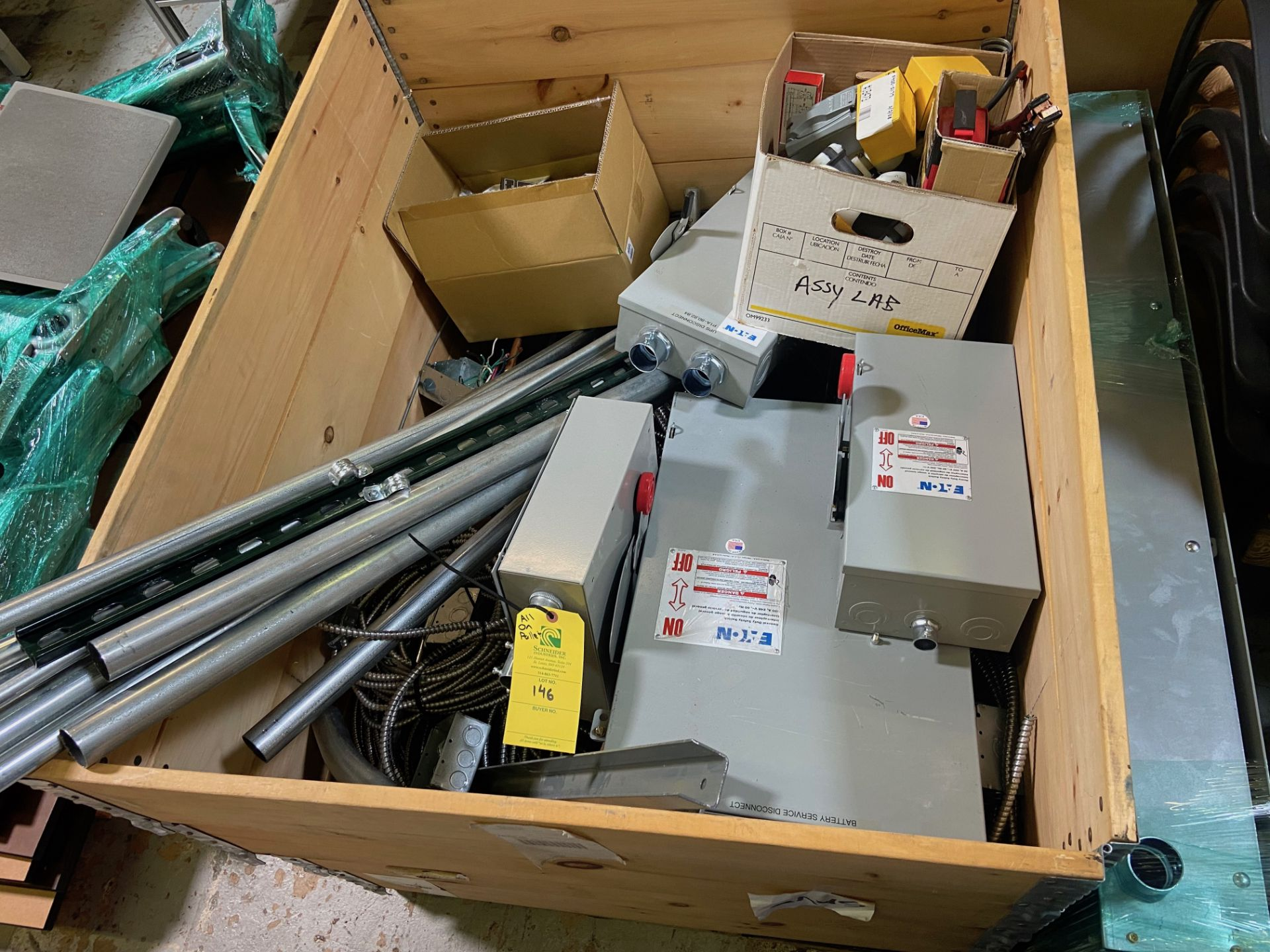 Pallet of Electrical Components, Includes: (SEE PHOTOS FOR ALL INCLUDED) Eaton Heavy Duty Safety - Image 3 of 19