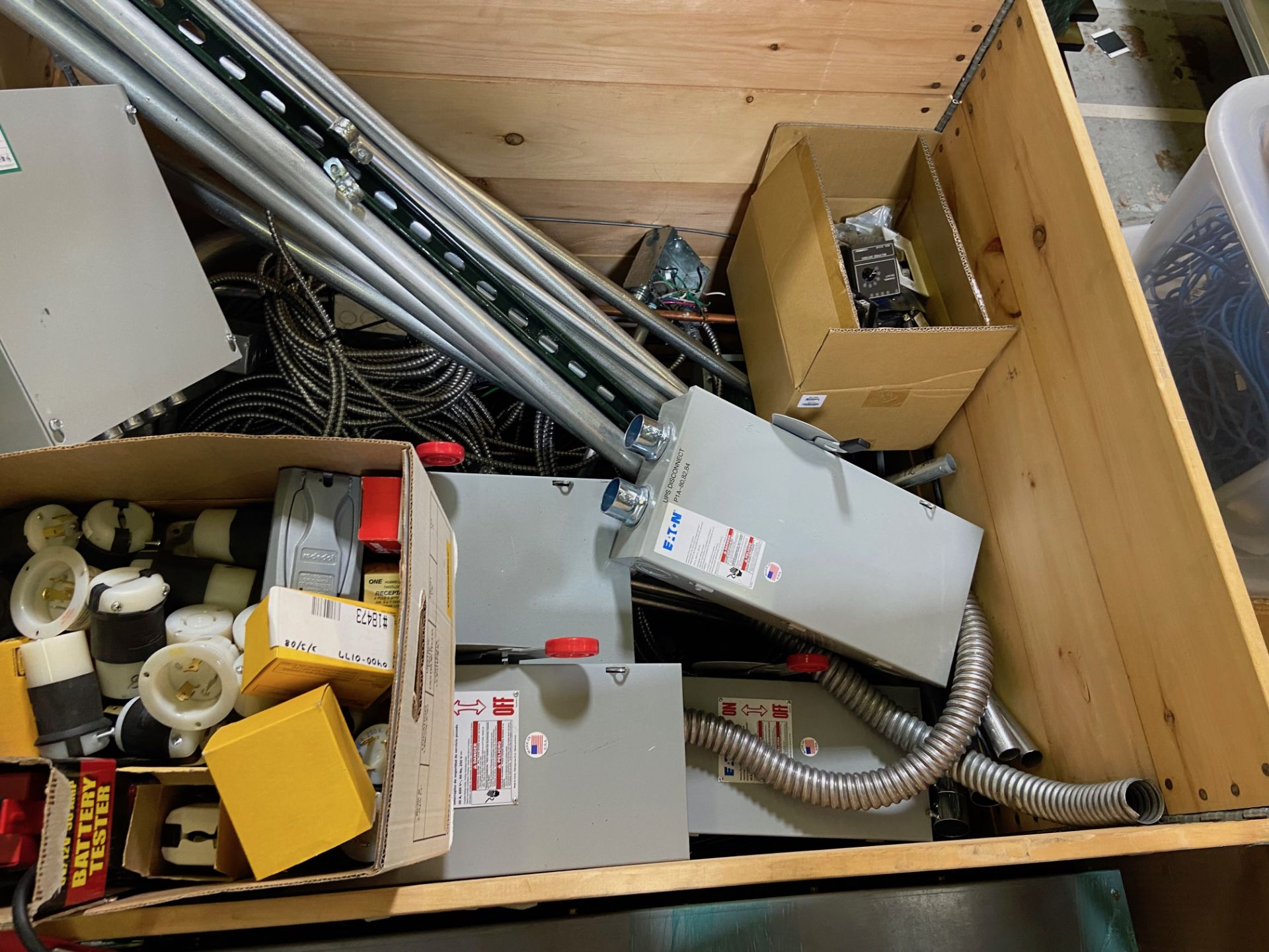 Pallet of Electrical Components, Includes: (SEE PHOTOS FOR ALL INCLUDED) Eaton Heavy Duty Safety - Image 11 of 19
