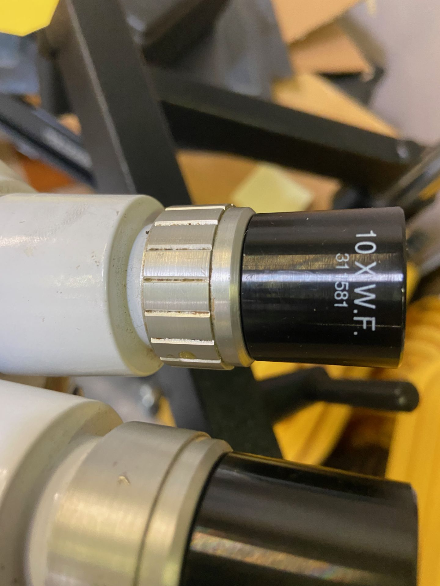 Microscope, Rigging Fee: $20 - Image 3 of 4
