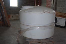 """low profile plastic tank 625 gal 66x52"""" 18"""" access man hole 3 inch id outlet fitting ***LOADING"""