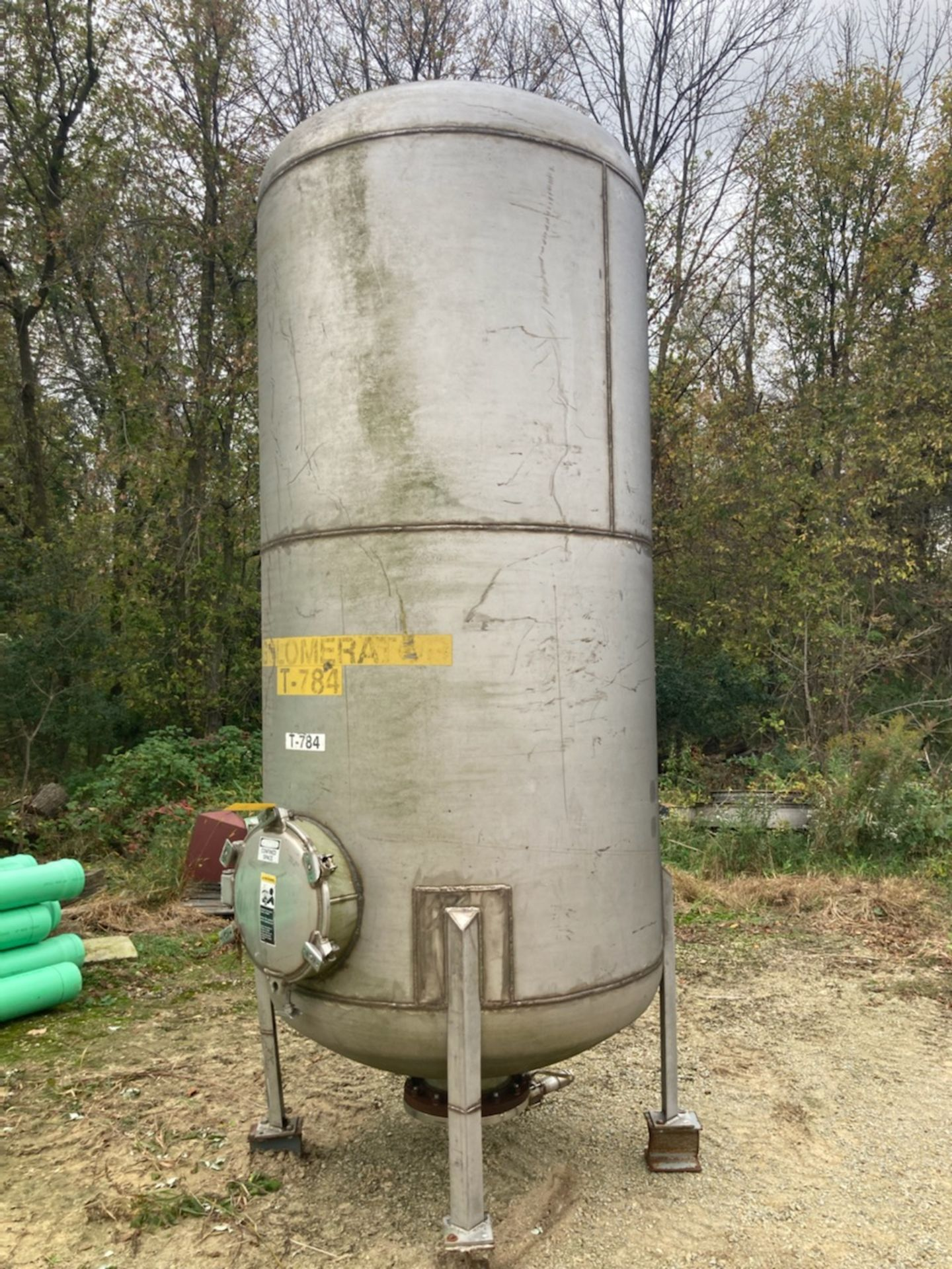 Stainless Steel Tank with Manway - Approximate 825 Gallons - Image 2 of 2