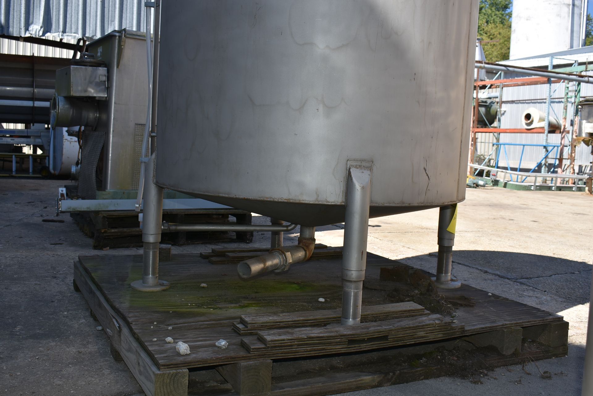 """Stainless Steel Tank, Rated 400 Gallons, 48"""" Diameter x 60"""" - Image 4 of 5"""