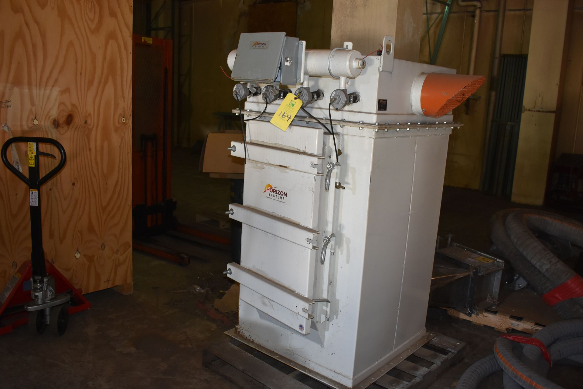 Horizon Systems Model #X5455FC162C Dust Collection System