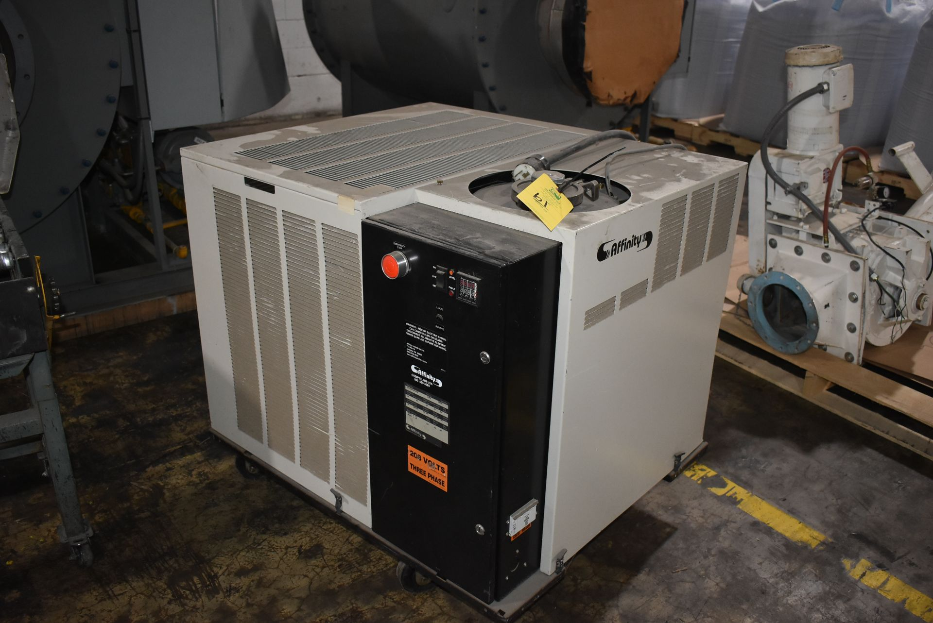 Affinity EWA Series Refrigerated Air Dryer, Part Number 21588, 4-Wheel Base
