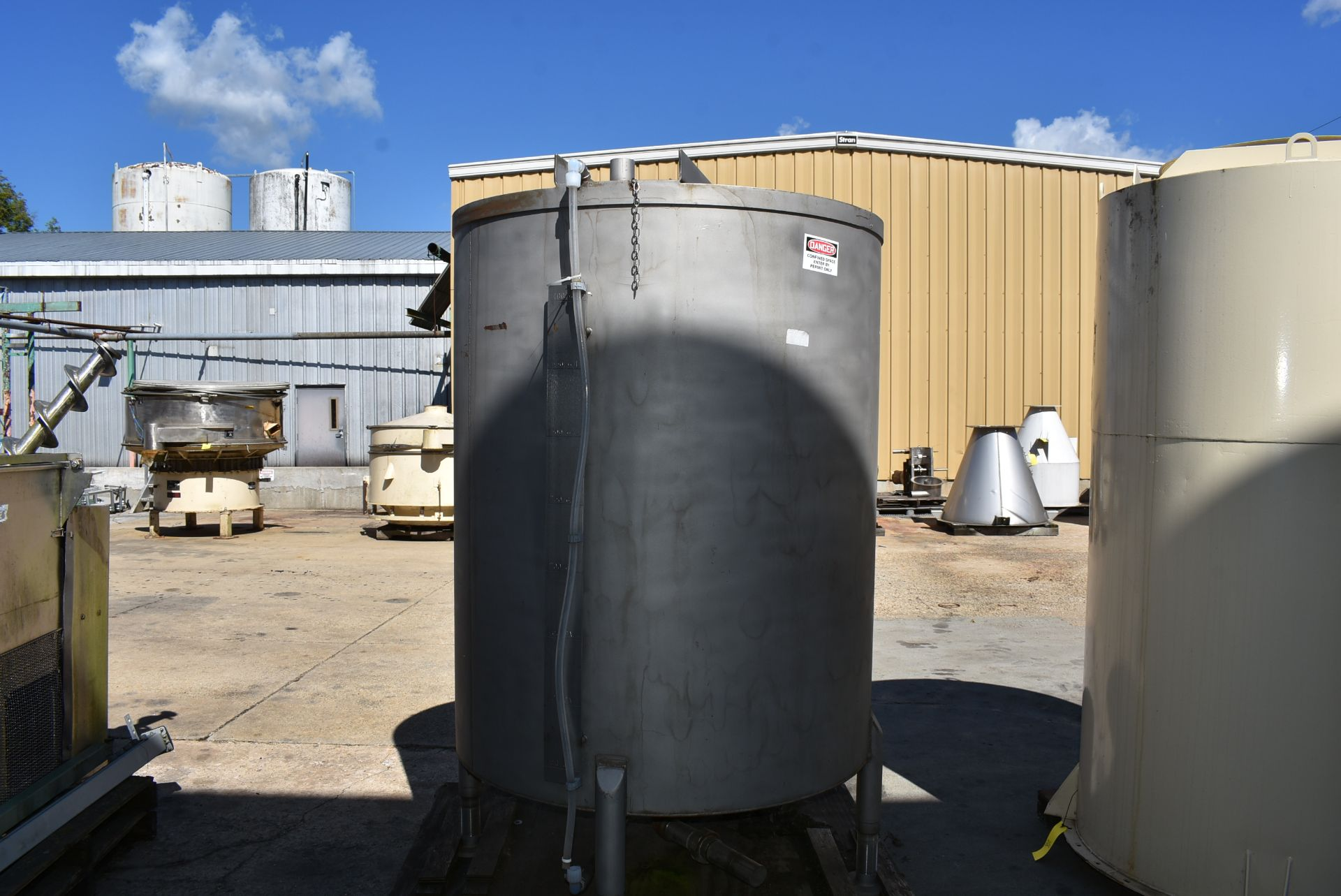 """Stainless Steel Tank, Rated 400 Gallons, 48"""" Diameter x 60"""" - Image 2 of 5"""