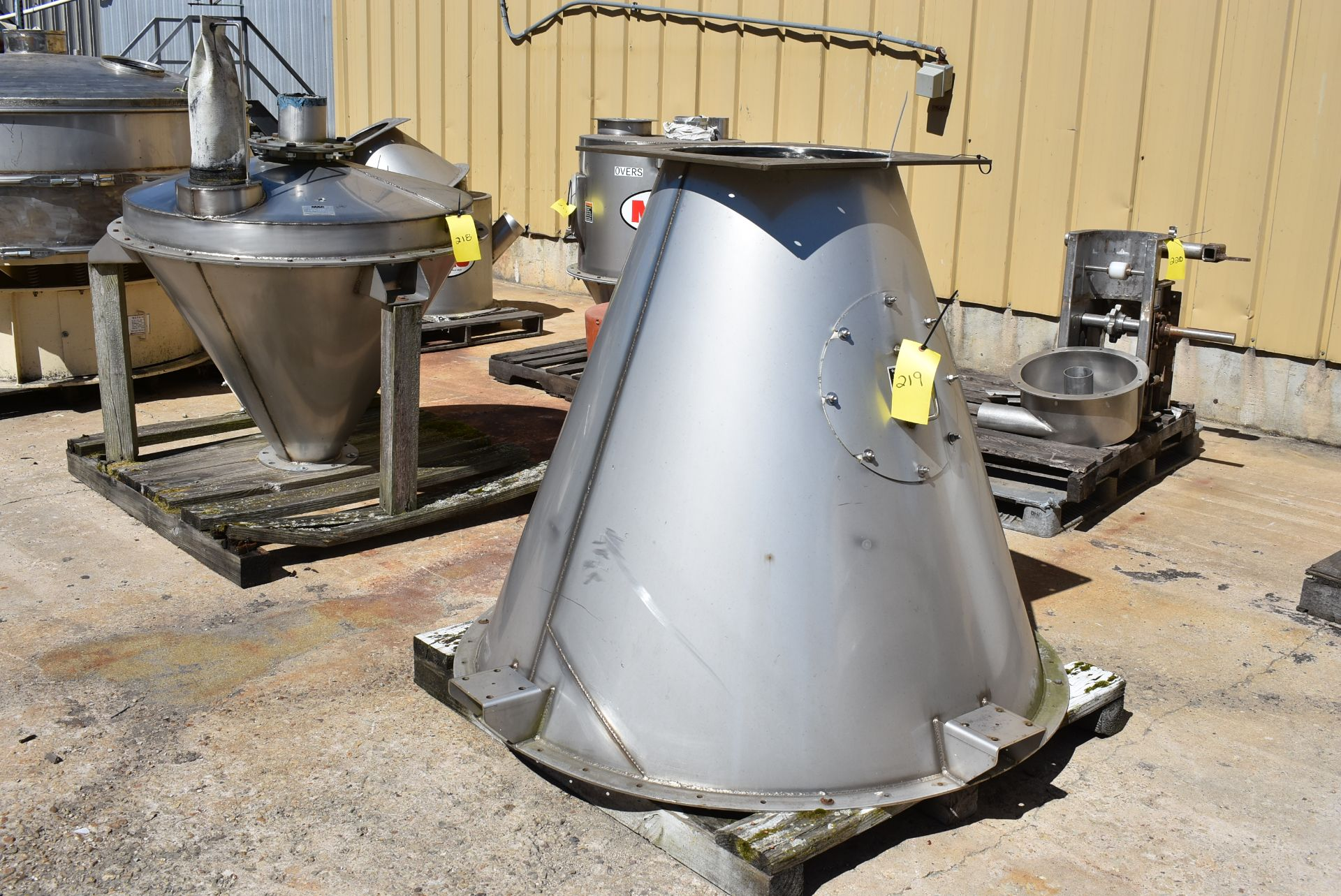 """Stainless Steel Cone Feeder, 60"""" Top, 48"""" Height"""