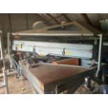 Forsberg Gravity Table 300V RH MODEL