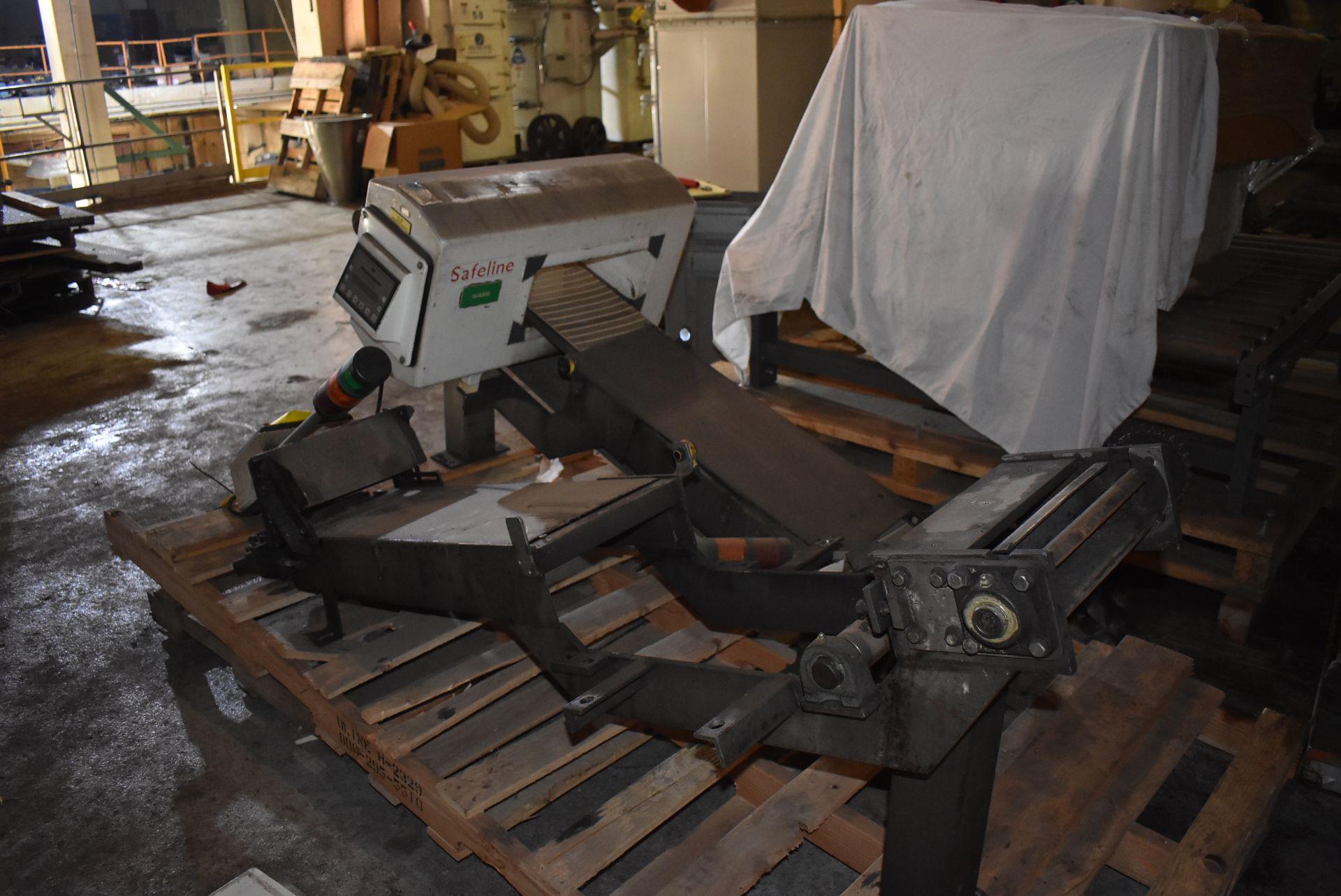 """Safeline Model #031-V2 Metal Detector, 13 1/2"""" x 6"""" Aperture, Includes Section of Conveyor - Image 4 of 4"""
