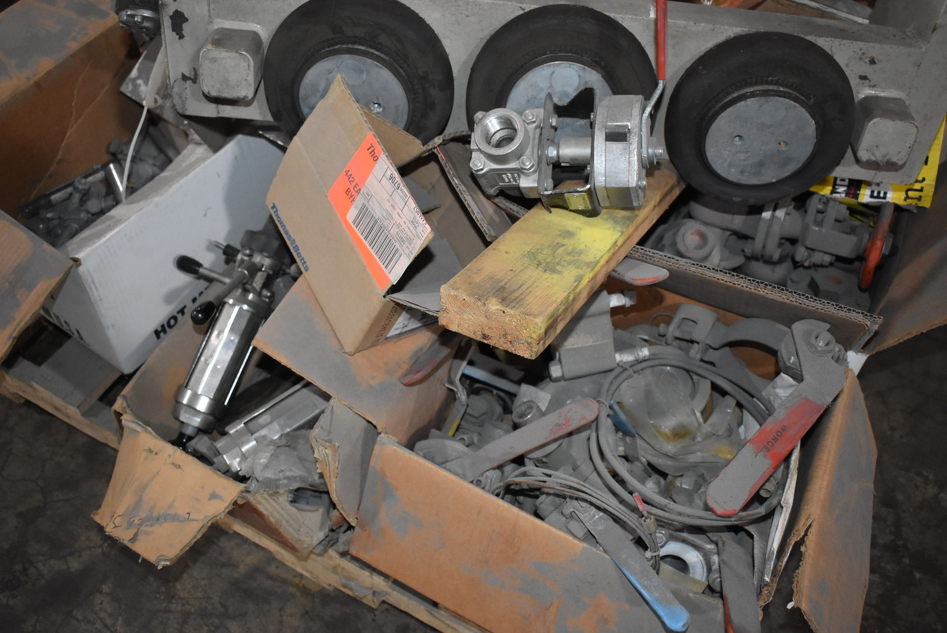 Plant Support - Budgit Hoist Trolley, Assorted Wire Wheels, Blower & Components - Image 3 of 3