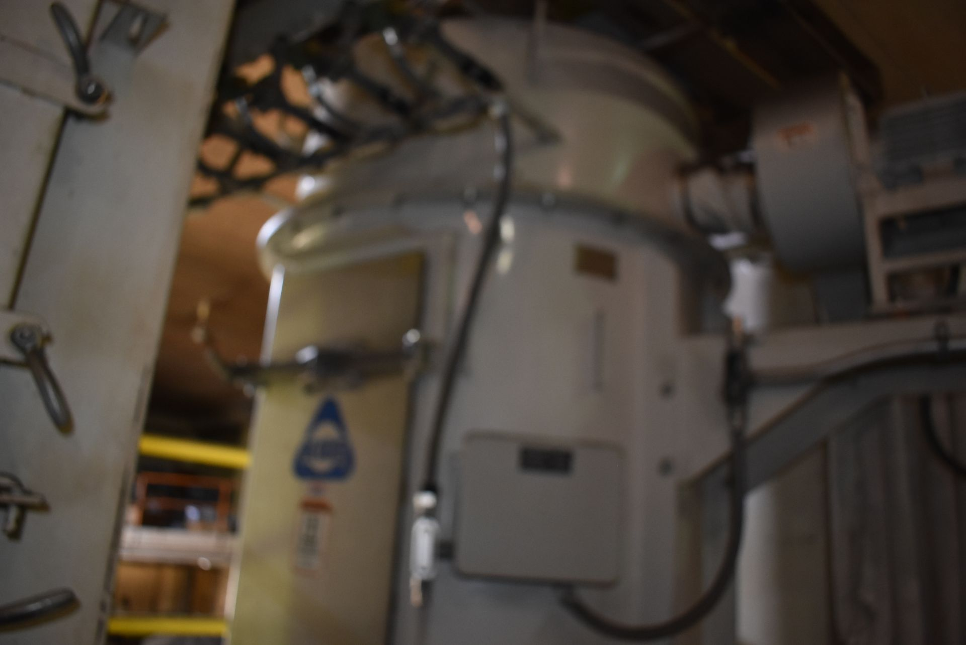 Kice Model #VR-214BINVENT Dust Collection System - Image 3 of 3