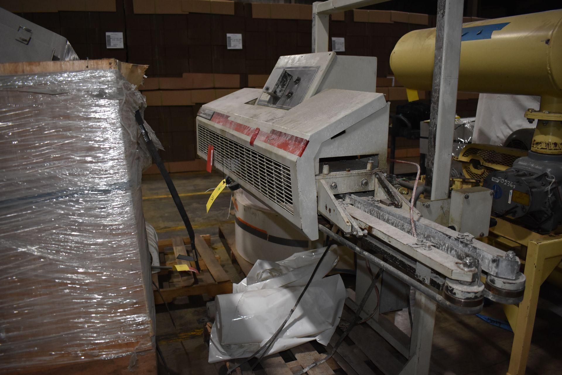 Bemis Model #4600 Packaging Machine - Image 3 of 3