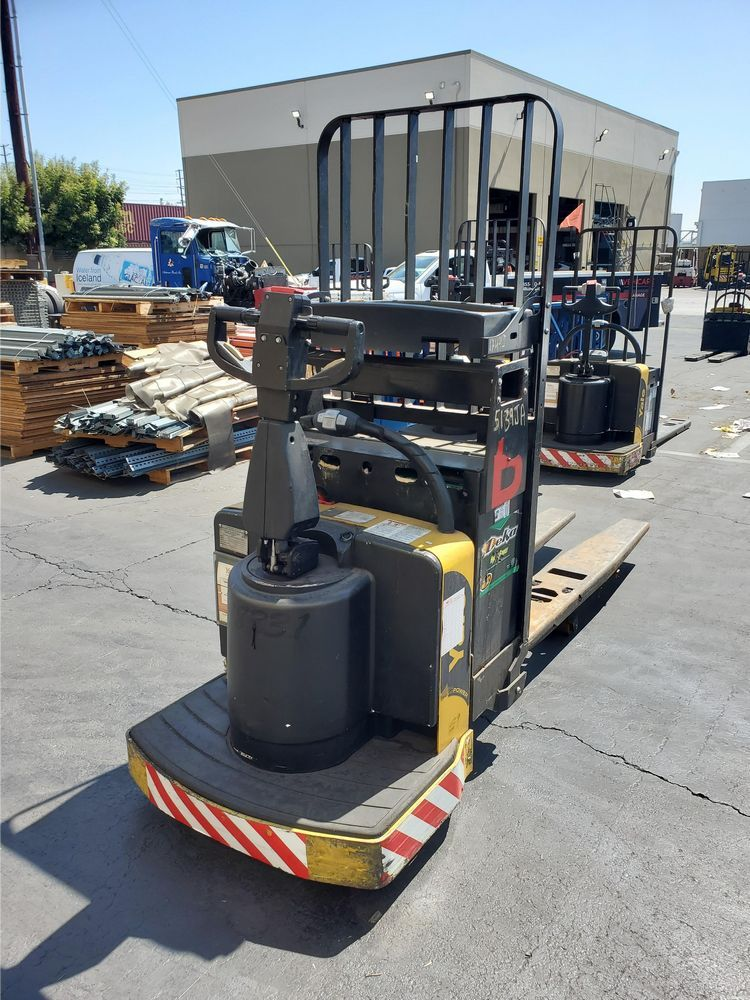 Late Model Surplus Walkies Forklifts from a Major Beverage Company -- Los Angeles, CA  Area