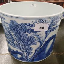 A good Chinese Pot with blue and white decoration.