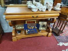 A really good Hardwood Console Table with a single drawer frieze. W 111 x D 41 x H 79 cm approx.