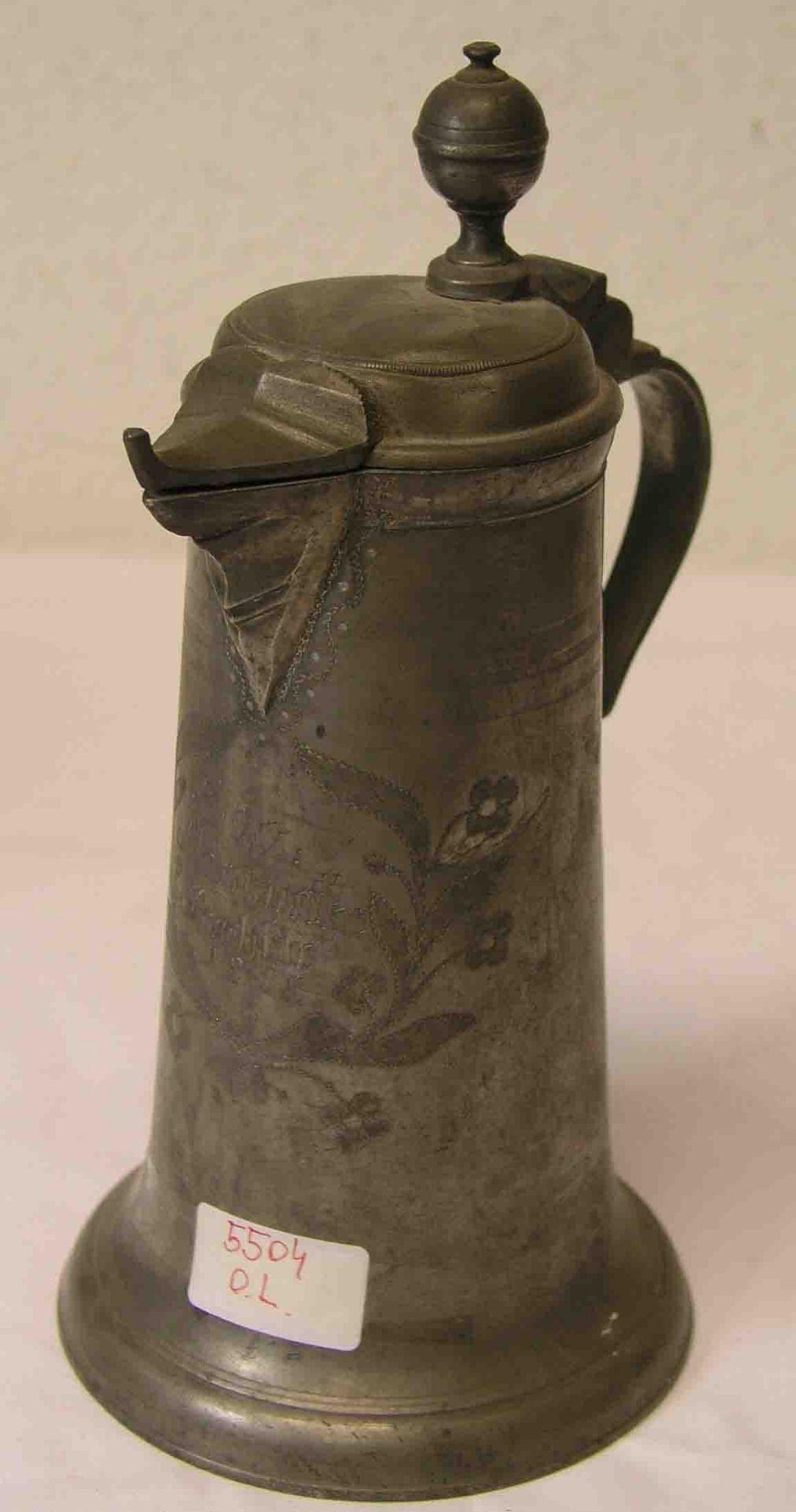 Deckelkanne, datiert 1818. Deckel mit