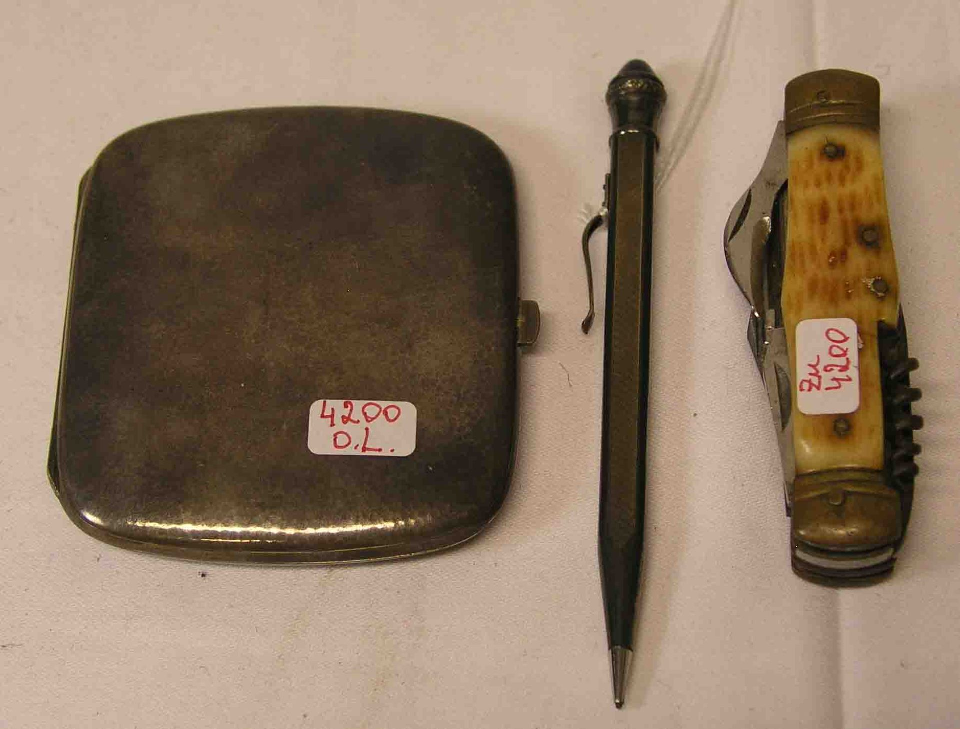 Zigarettendose um 1920. 800er Silber,