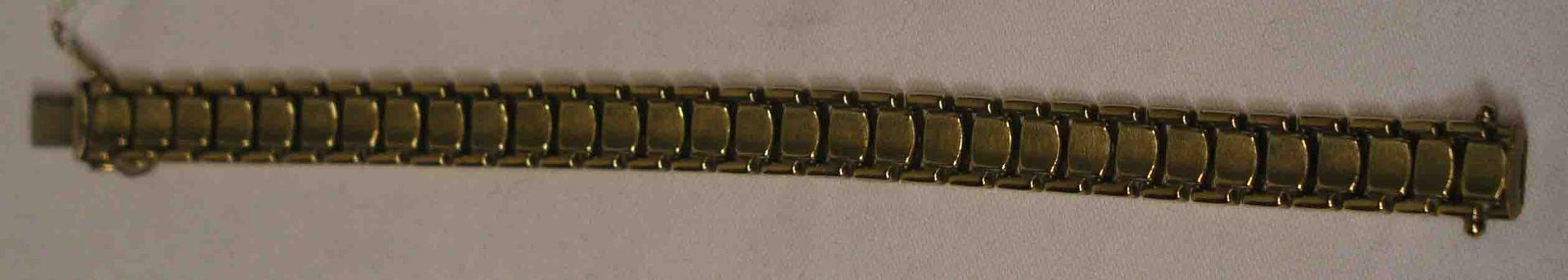 Armband. 8 Kt. Gold. Länge: 18,3cm.
