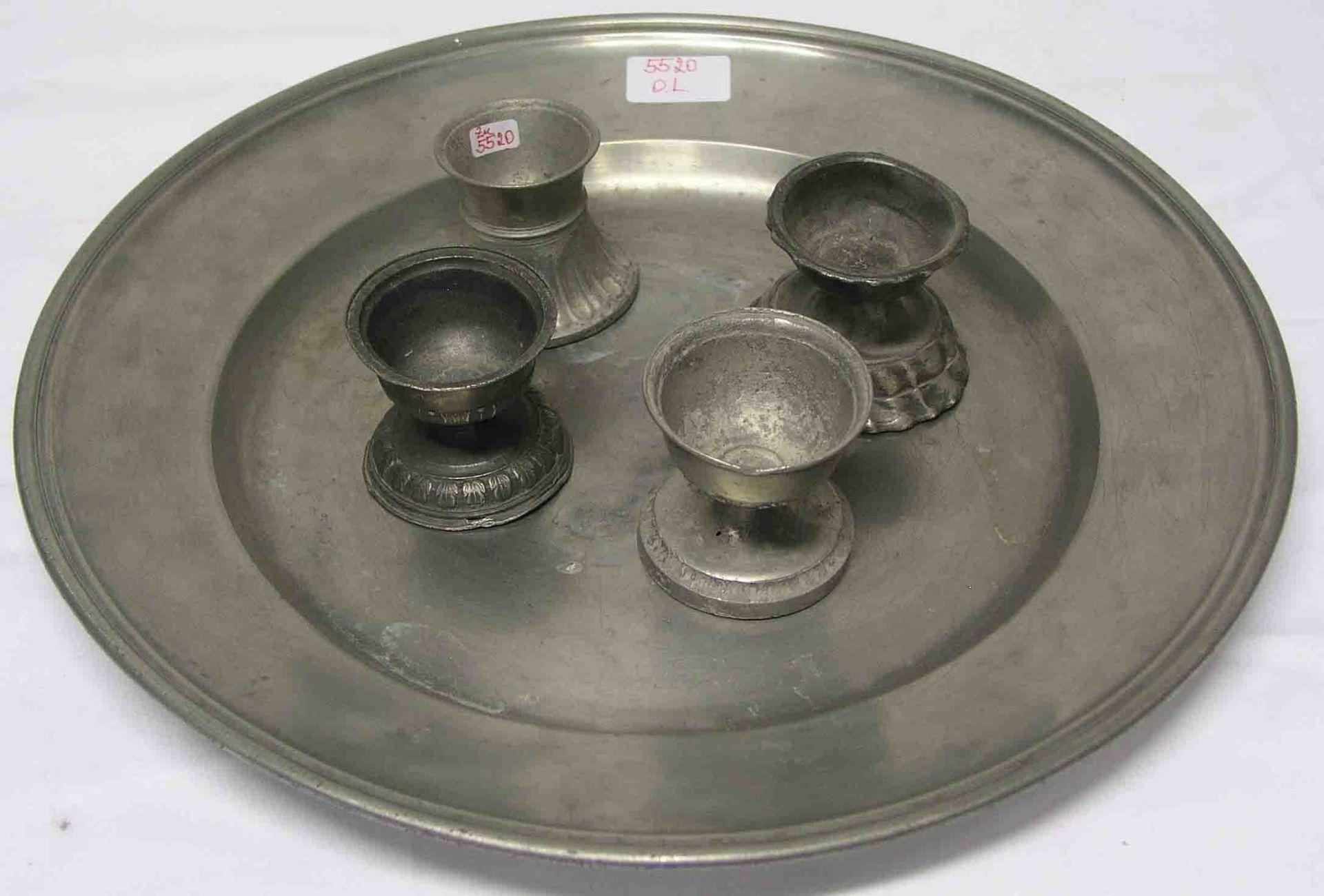 Großer Teller, Durchmesser: 39cm.