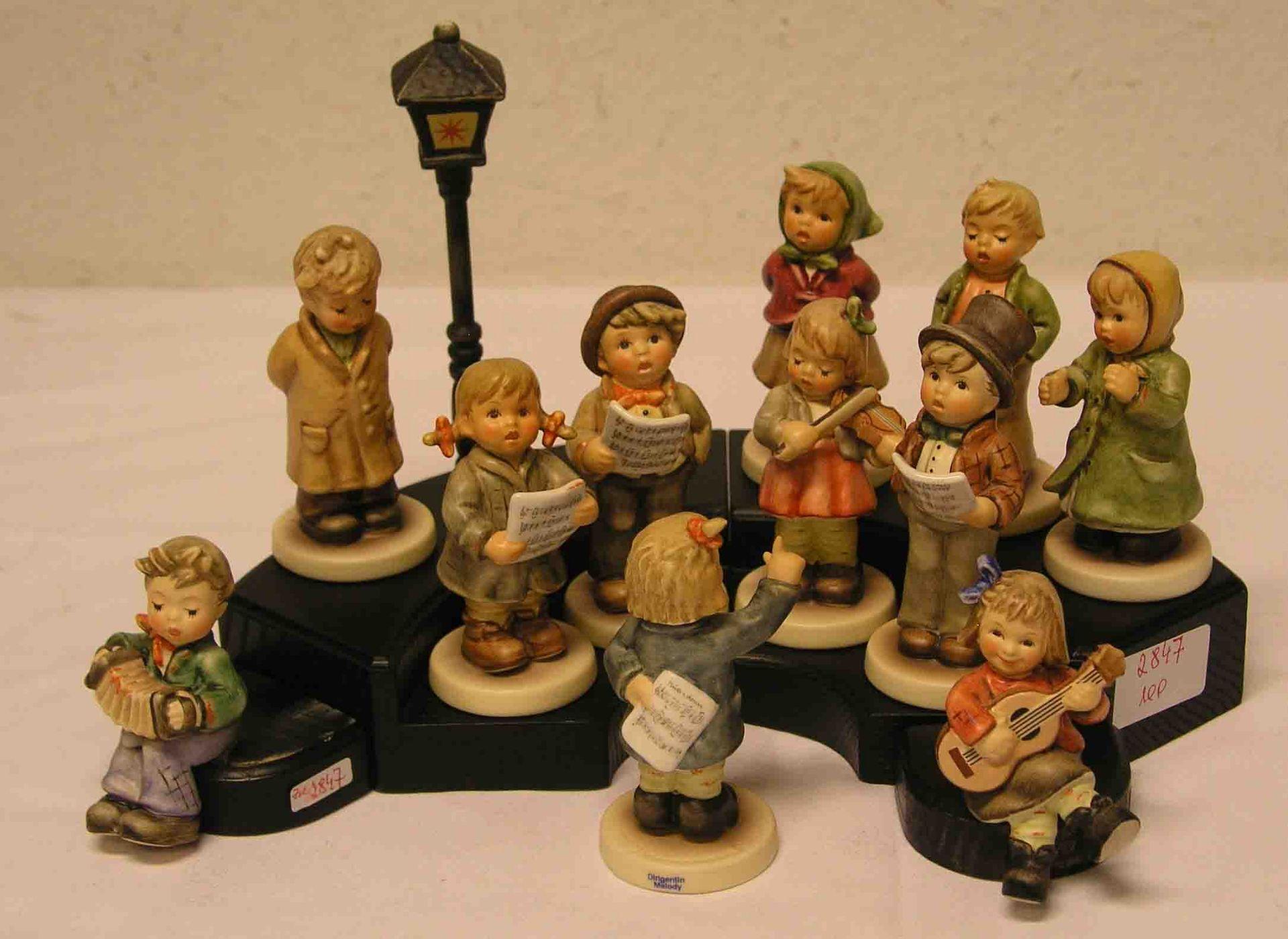 """""""Kinderchor"""". 9 Hummelfiguren. Dazu:"""