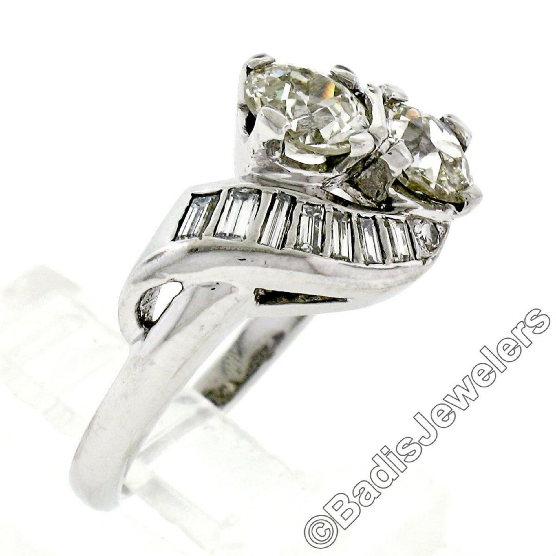 Art Deco Platinum 1.48 ctw Old European and Baguette Cut Diamond Bypass Ring - Image 2 of 9