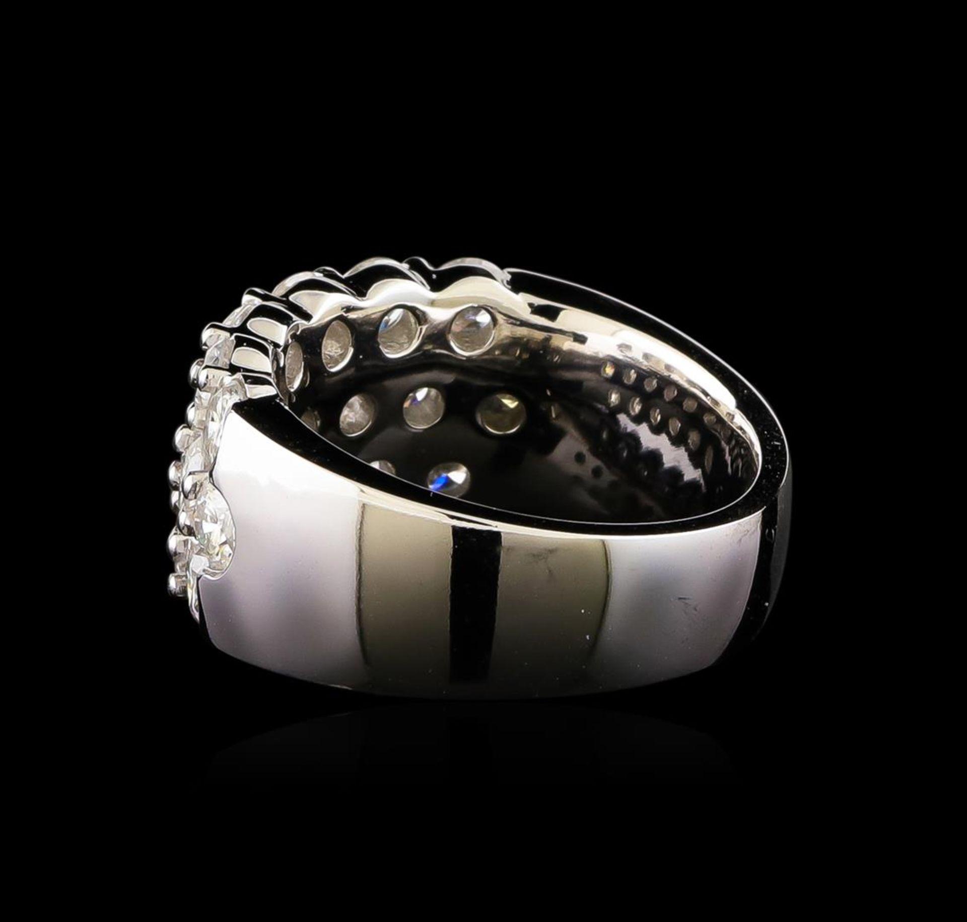 14KT White Gold 2.98 ctw Diamond Ring - Image 3 of 5