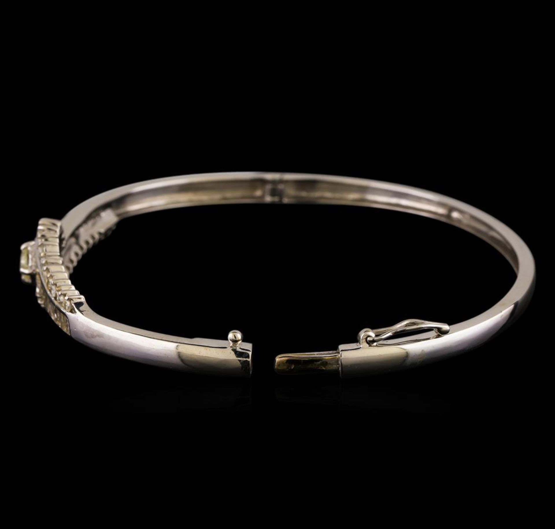 1.17 ctw Diamond Bangle Bracelet - 14KT White Gold - Image 3 of 4
