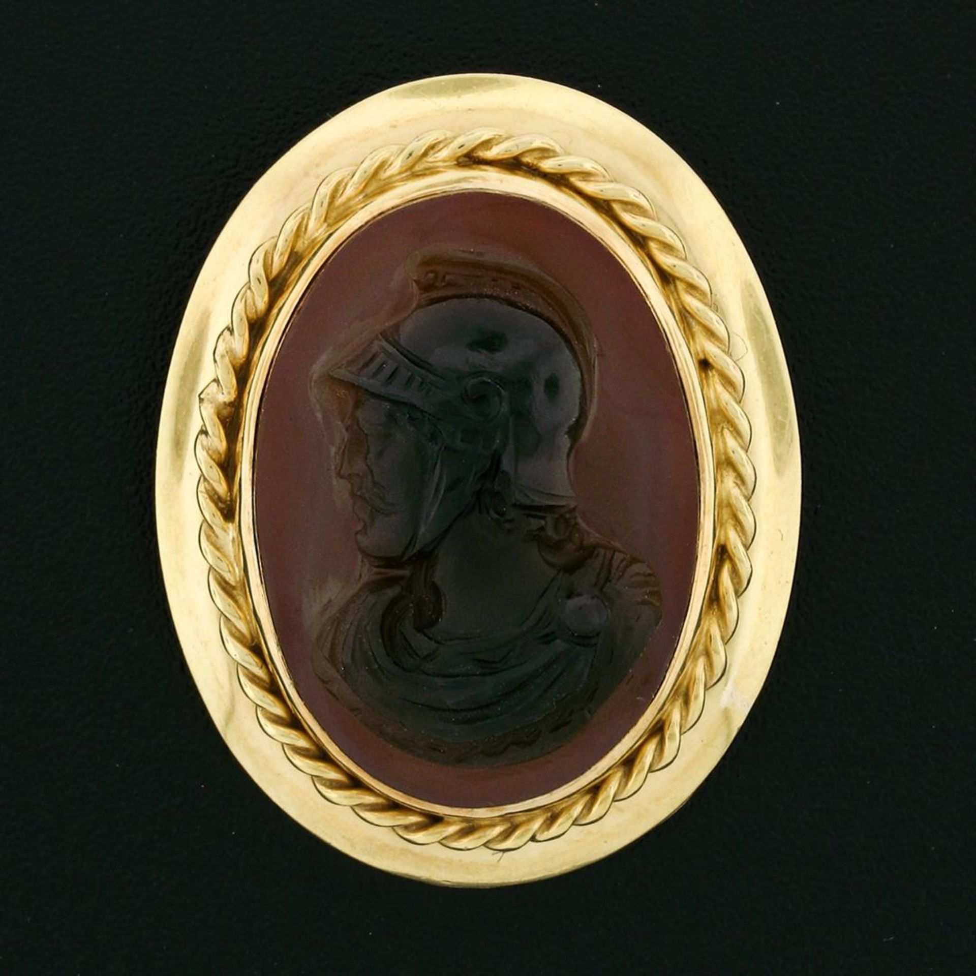 Vintage 14k Gold Carved Brown Agate Trojan Twisted Wire Frame Pin Brooch Pendant - Image 2 of 6