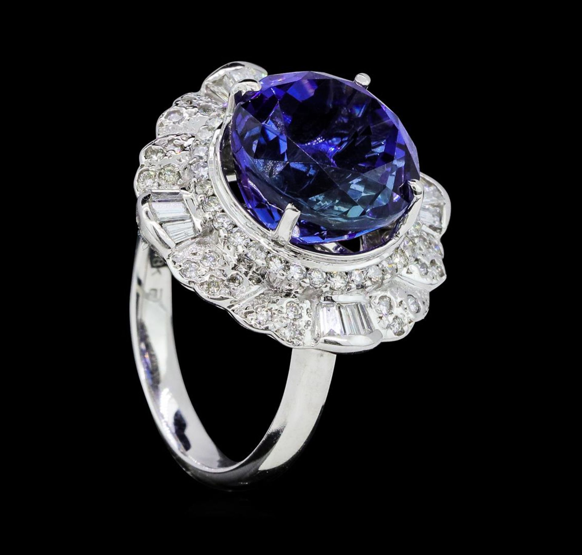 14.11 ctw Round Brilliant Tanzanite And Baguette Cut (Tapered) Diamond Ring - 18 - Image 4 of 5
