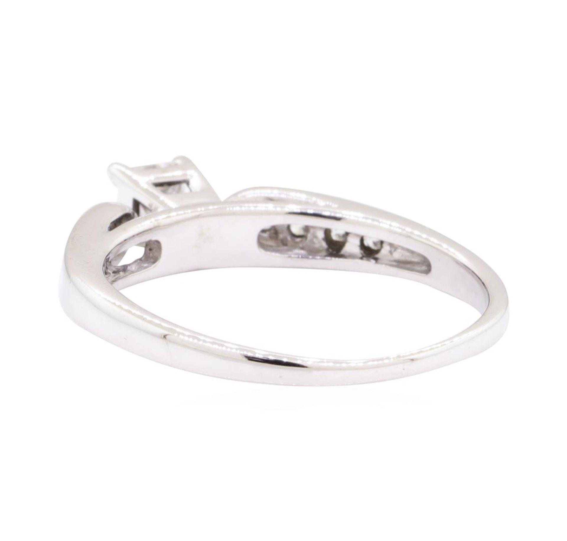 0.70 ctw Diamond Ring - 14KT White Gold - Image 3 of 4