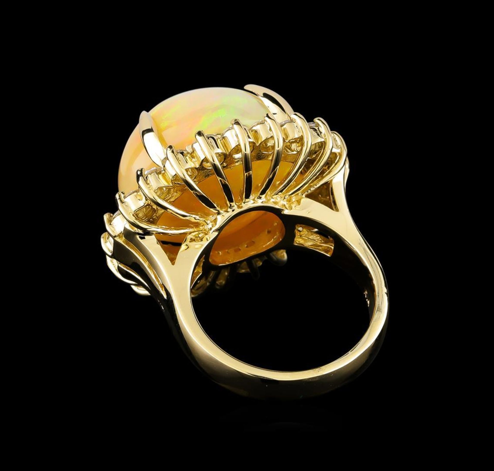 19.85 ctw Opal and Diamond Ring - 14KT Yellow Gold - Image 3 of 5