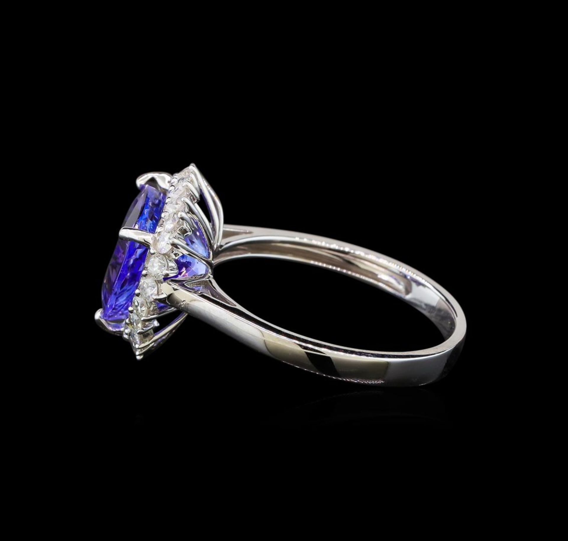 14KT White Gold 2.78 ctw Tanzanite and Diamond Ring - Image 3 of 5