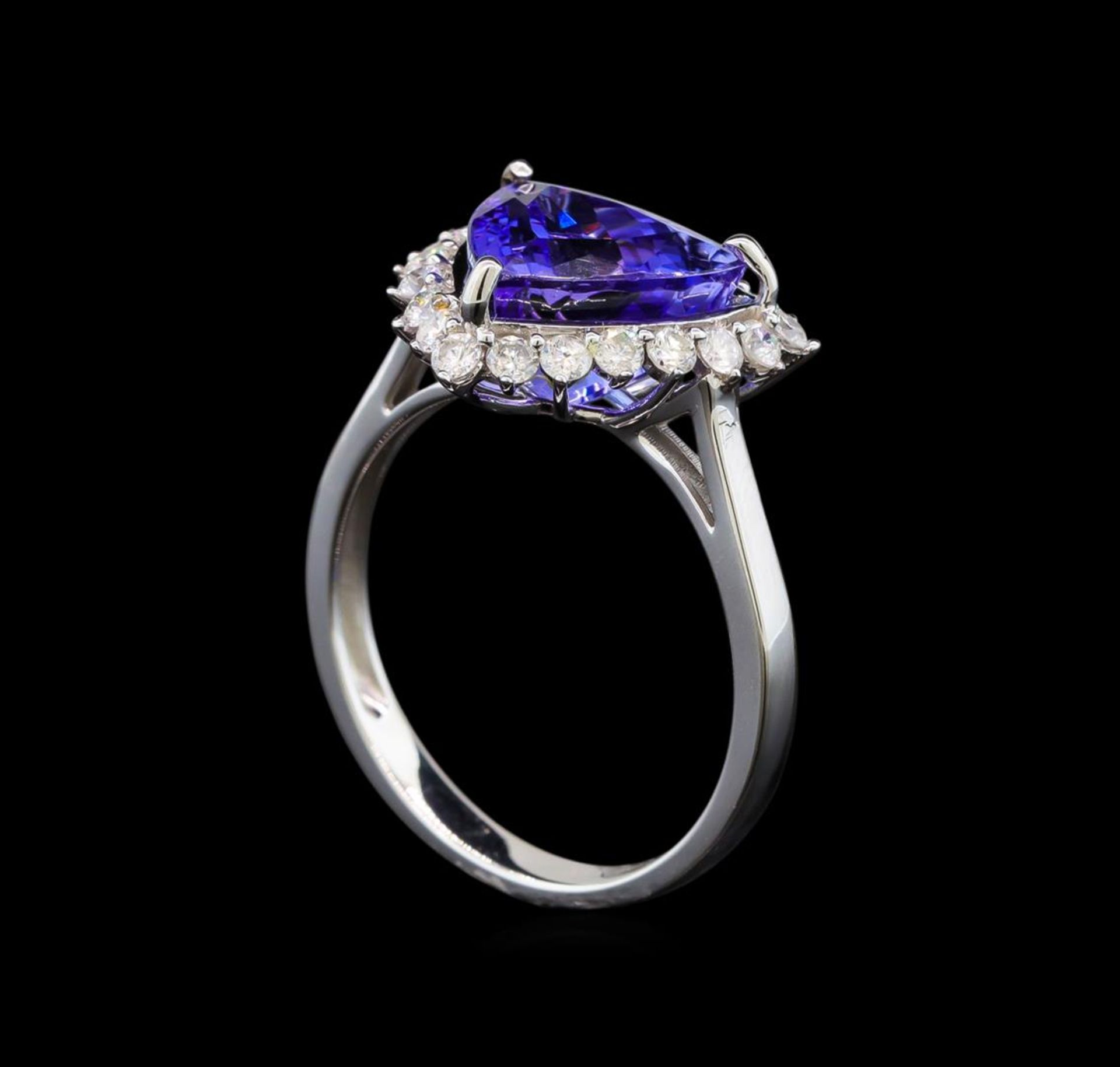 14KT White Gold 2.78 ctw Tanzanite and Diamond Ring - Image 4 of 5