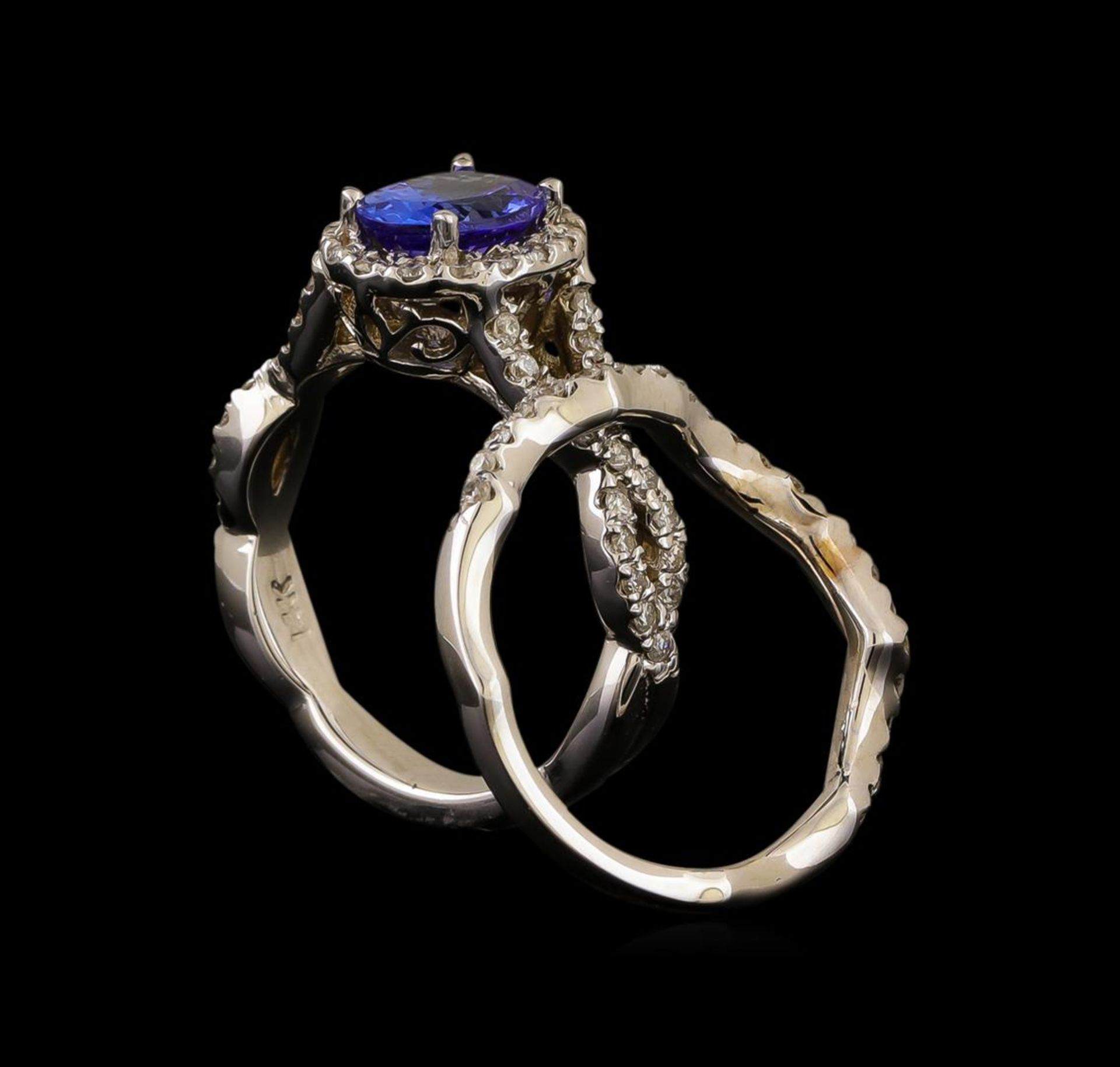14KT White Gold 1.44 ctw Tanzanite and Diamond Ring - Image 3 of 4