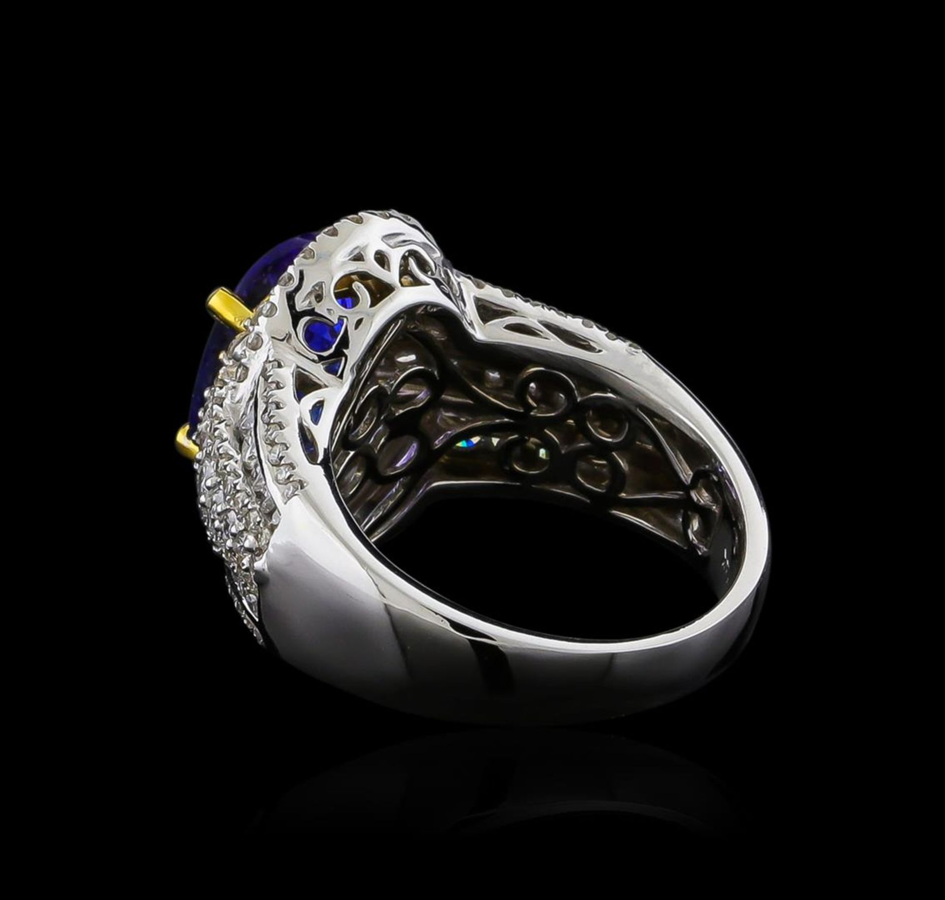 14KT Two-Tone Gold 4.12 ctw Tanzanite and Diamond Ring - Image 3 of 5